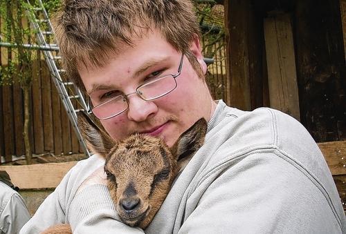 bonnie Ziege Bonnie bekommt viel Liebe! Ein Besuch auf der Orenda Ranch