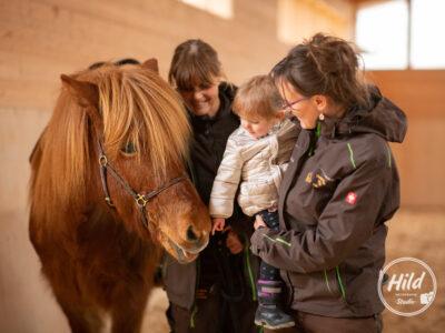 Reittherapie mit Kindern